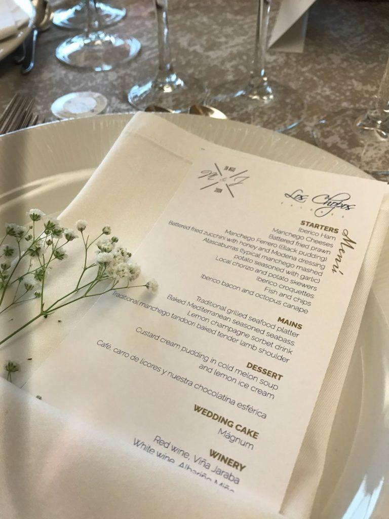 boda llena de curiosidades inglés