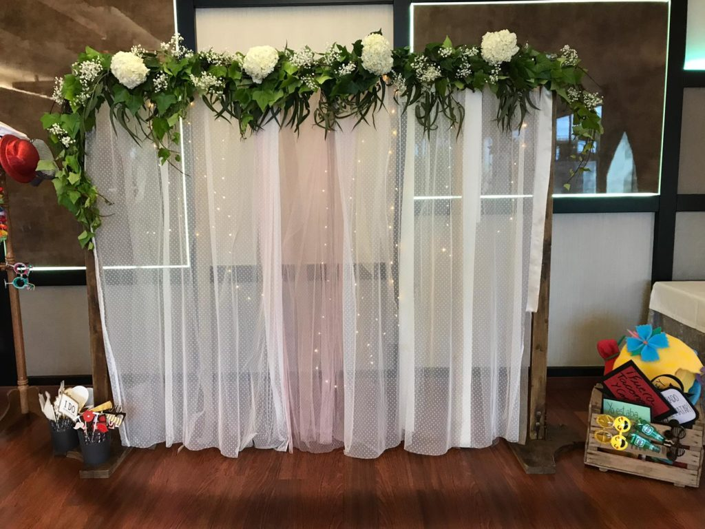 photocall de bodas gasa