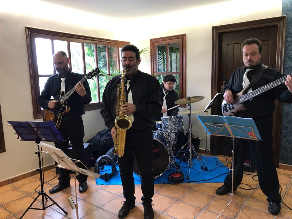 entretener a los invitados jazz
