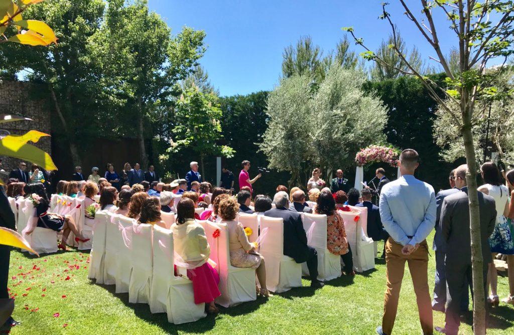 amor en la boda ceremonia