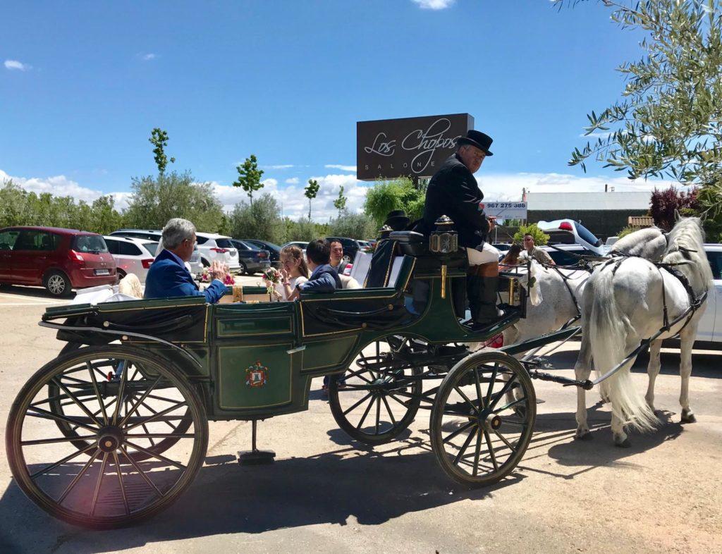 bodas curiosas coche de caballos